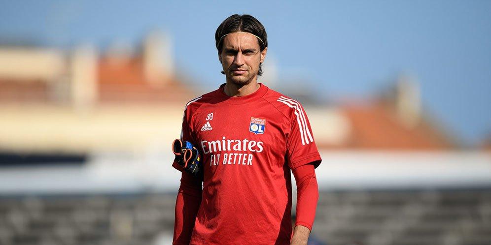 Resmi AC Milan Rekrut Ciprian Tatarusanu